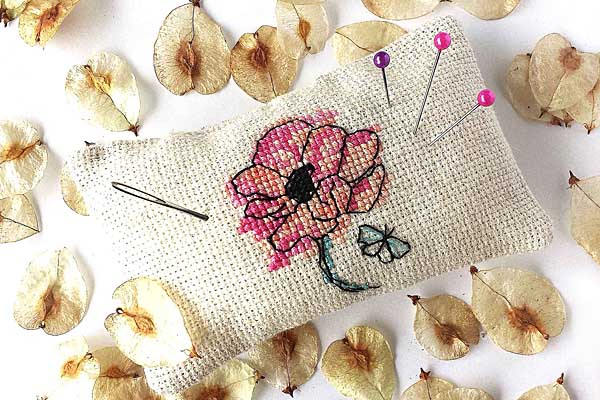 Fleur Papillon pincushion cute cross stitch
