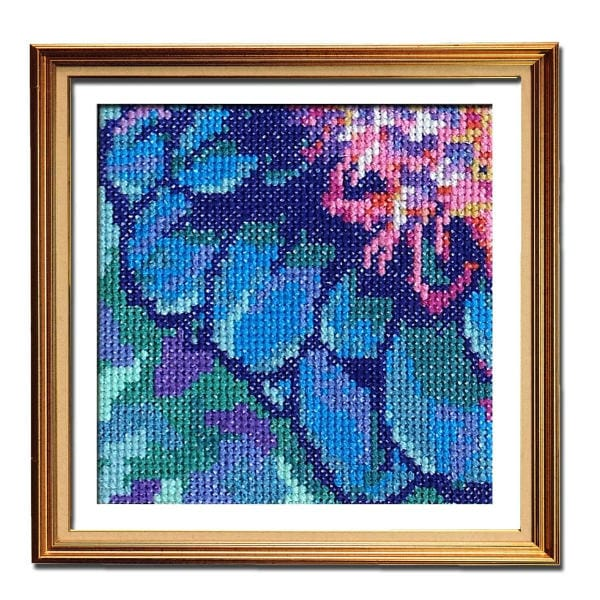 Solarize Dahlia 3 easy cross stitch pattern