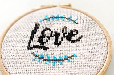Beginners cross stitch: the ultimate tutorial [Updated Jan 2021]