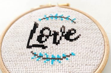 Beginners cross stitch: the ultimate tutorial [Updated Sept 2019]