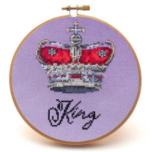 King cross stitch crown pattern