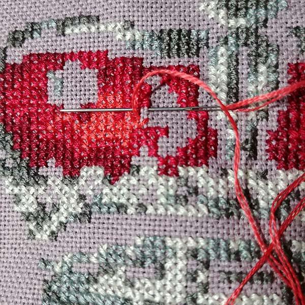 King crown cross stitch pattern