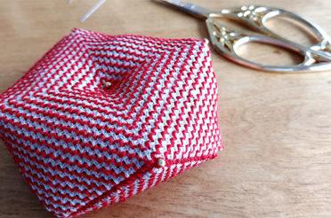 Assembling a biscornu (plus a free biscornu pattern)
