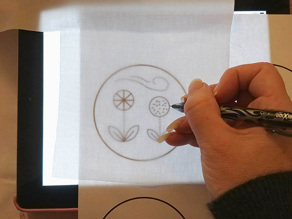 Tracing embroidery pattern on iPad