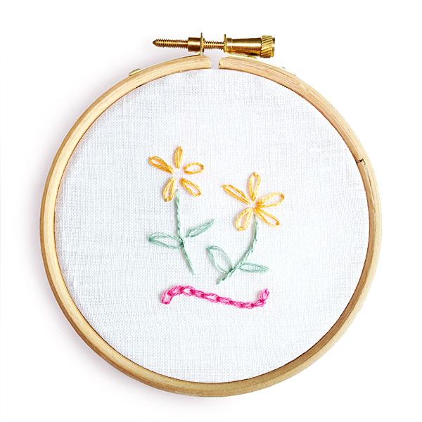 Chain stitch lazy daisy stitch